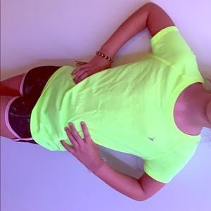A athletic old navy shirt